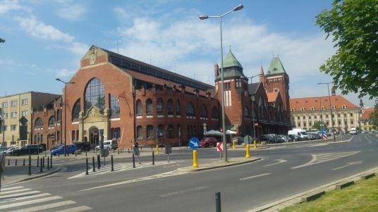 Market hall (exterior.)
